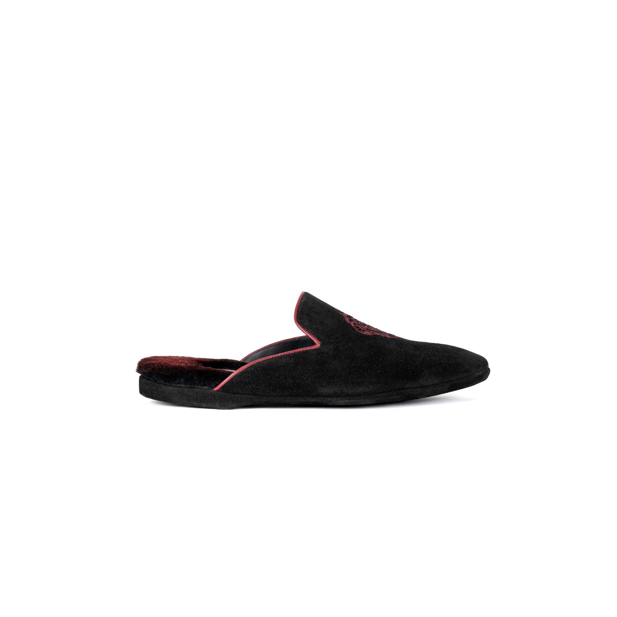 Indoor luxury slipper in black velour - Farfalla italian slippers